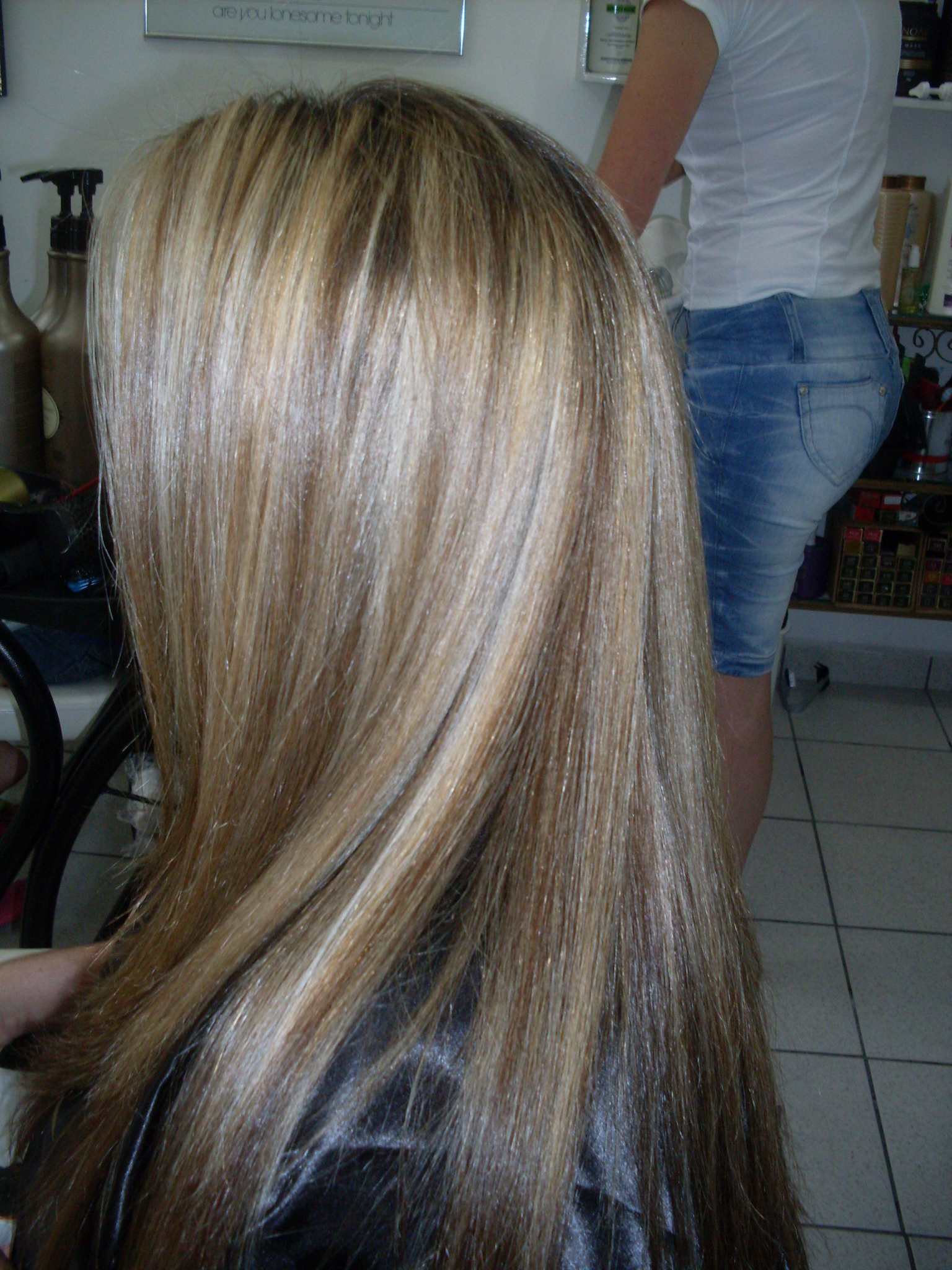 TRATAMENTO DE FIOS COR CORTE cabeleireiro(a) maquiador(a)