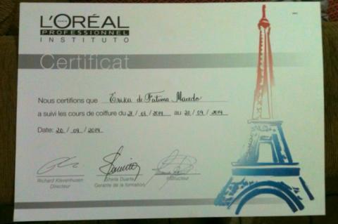 Diploma L'oreal auxiliar cabeleireiro(a) assistente maquiador(a) auxiliar administrativo maquiador(a) cabeleireiro(a)