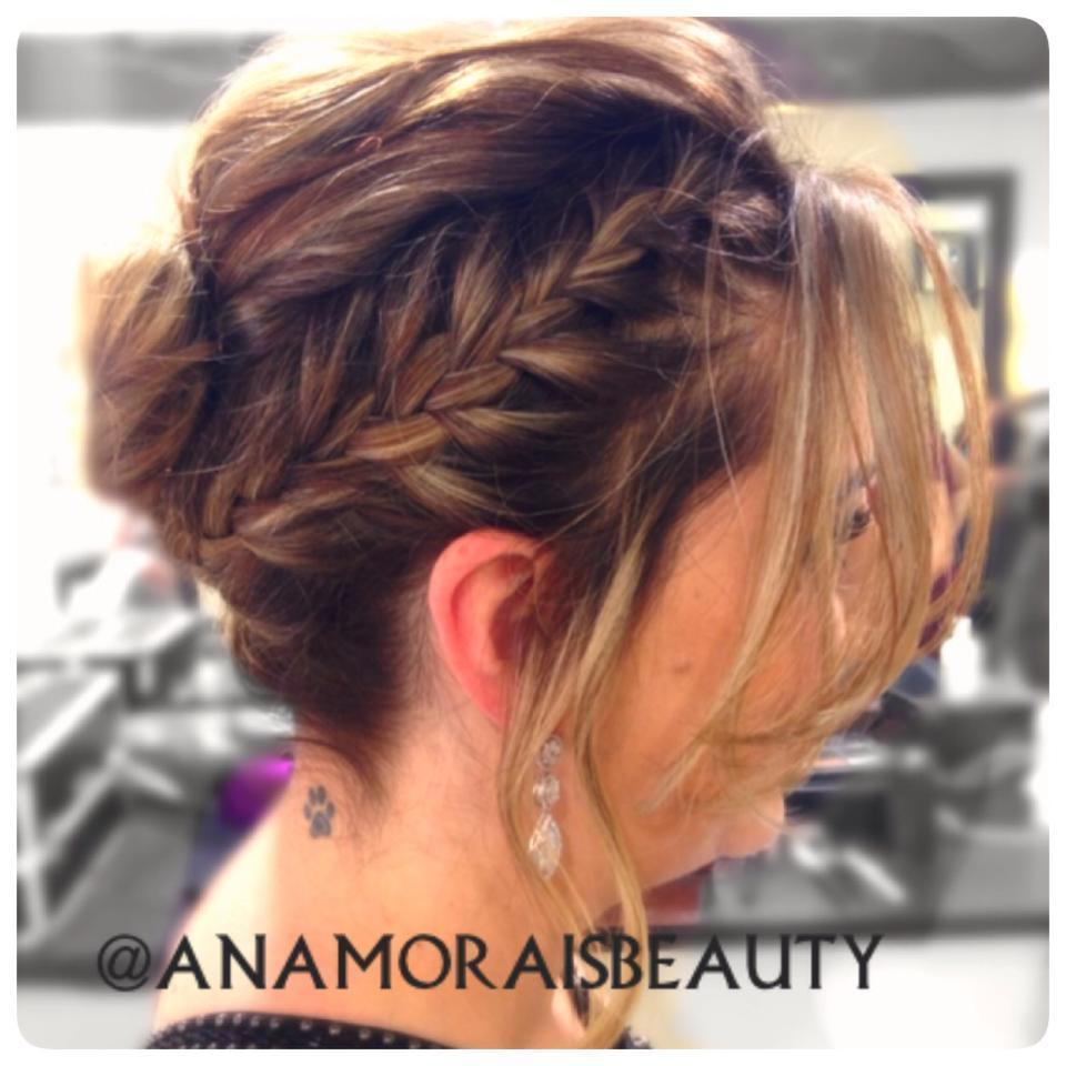 cabelo cabeleireiro(a) designer de sobrancelhas maquiador(a) stylist / visagista dermopigmentador(a)