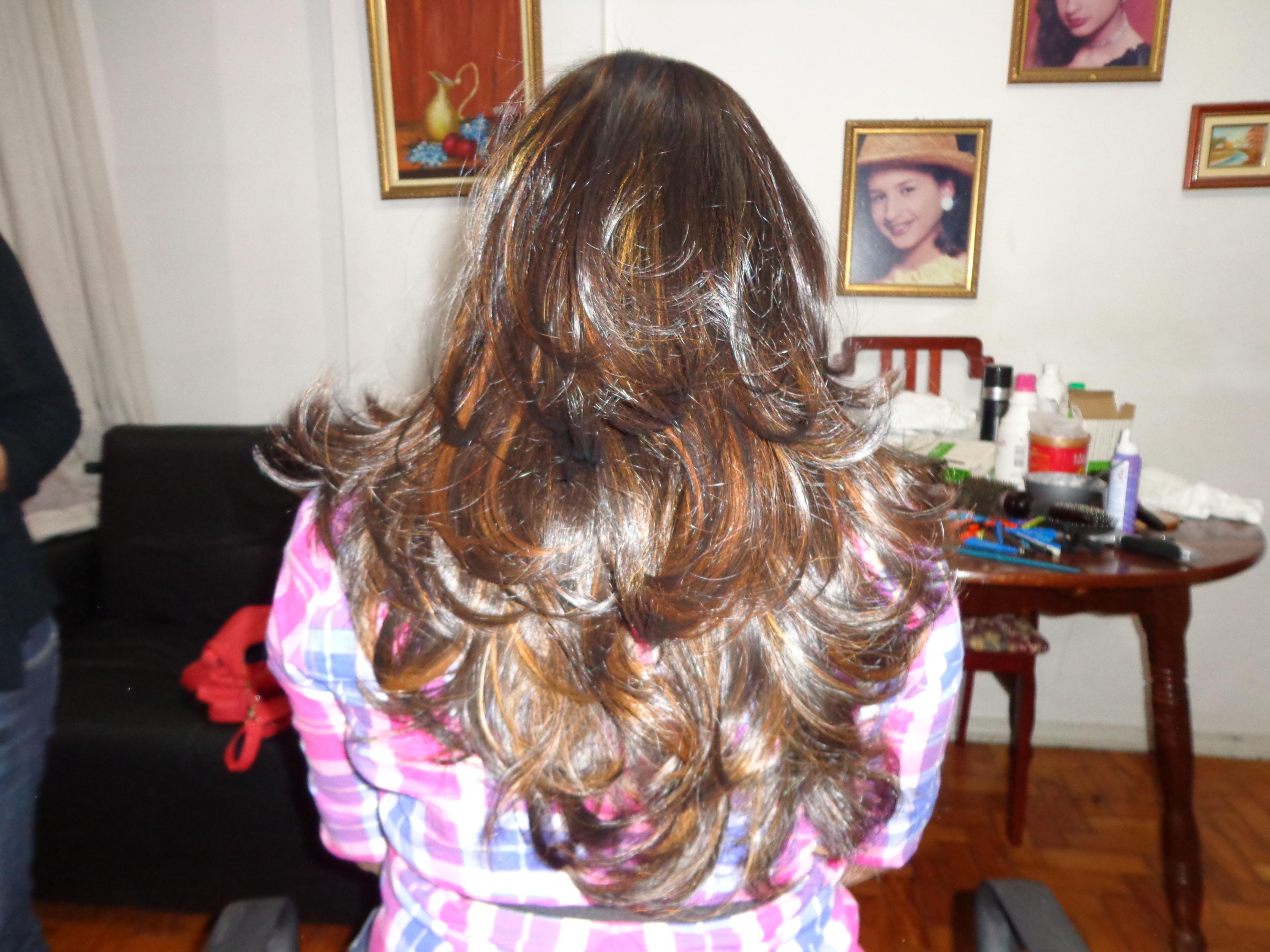 Corte e iluminado   Corte base U  repicado com pntas desconectadas iluminadas corte e mechas  cabelo  cabeleireiro(a) barbeiro(a) maquiador(a) designer de sobrancelhas depilador(a)
