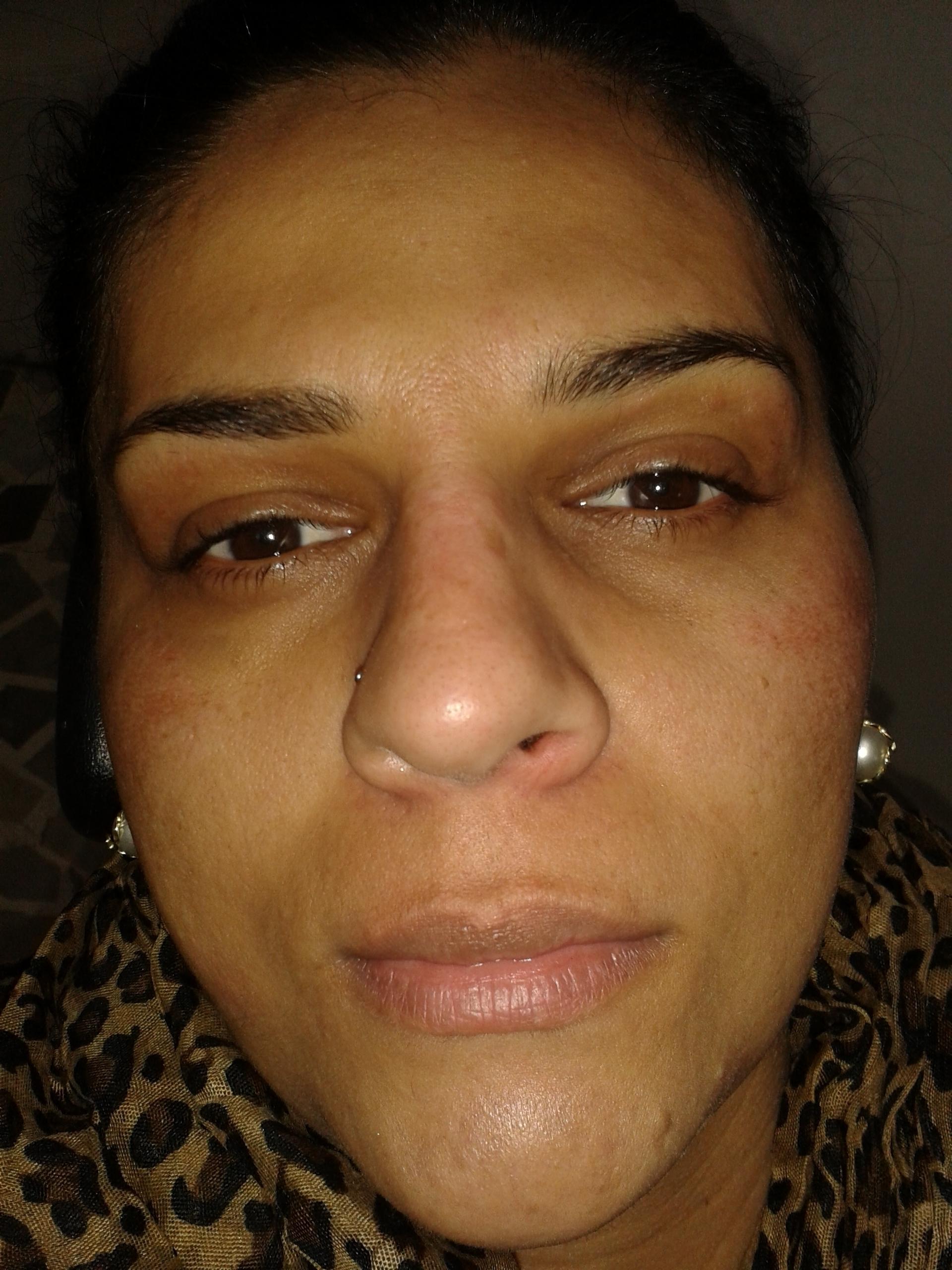 Make-up //Antes ANTES make-up e designer de sobrancelha cabeleireiro(a) barbeiro(a) maquiador(a) designer de sobrancelhas depilador(a)