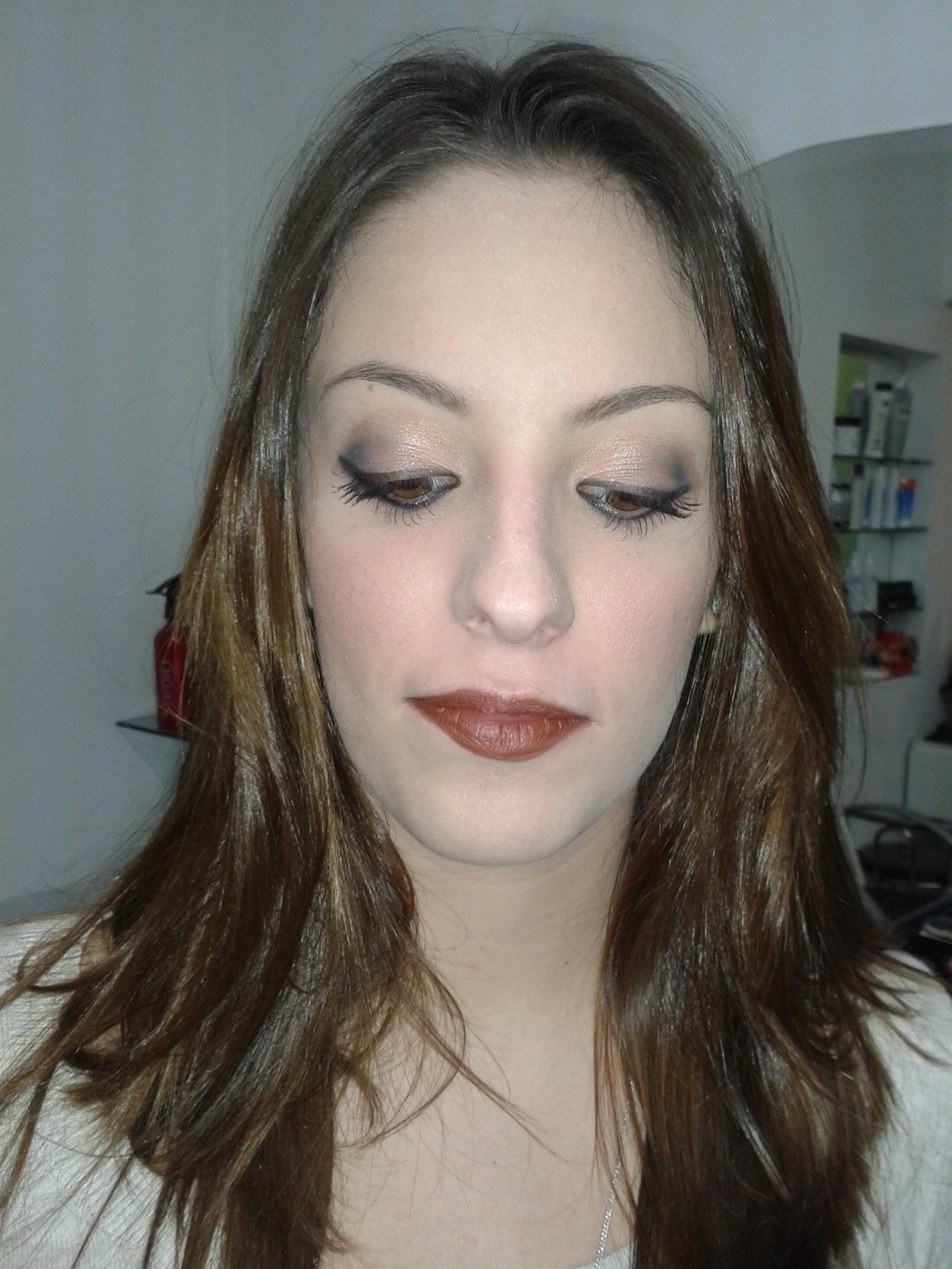 Make-up // depois cabeleireiro(a) barbeiro(a) maquiador(a) designer de sobrancelhas depilador(a)