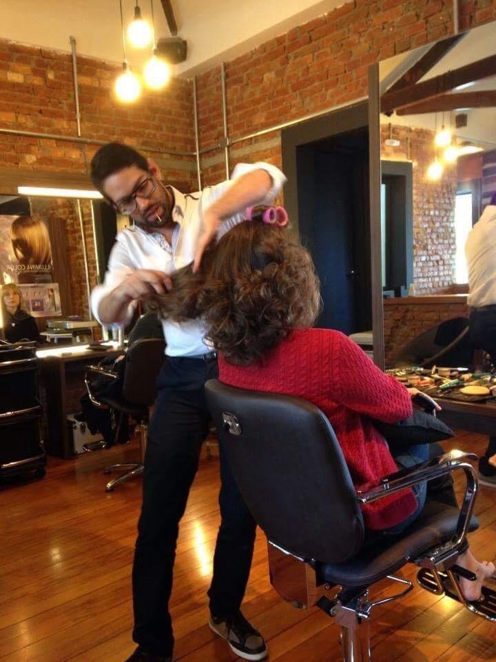 Montando Penteado cabeleireiro(a) maquiador(a)