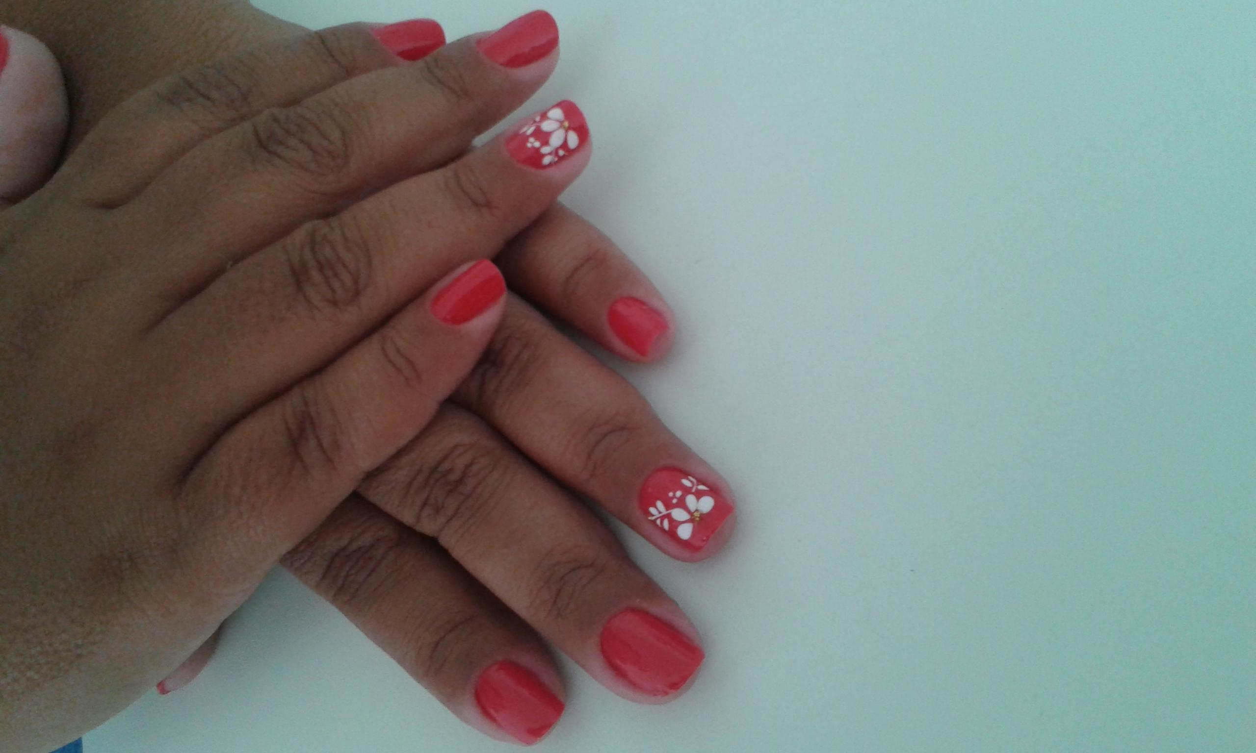 vermelho  unhas  manicure e pedicure manicure e pedicure cabeleireiro(a) auxiliar cabeleireiro(a)