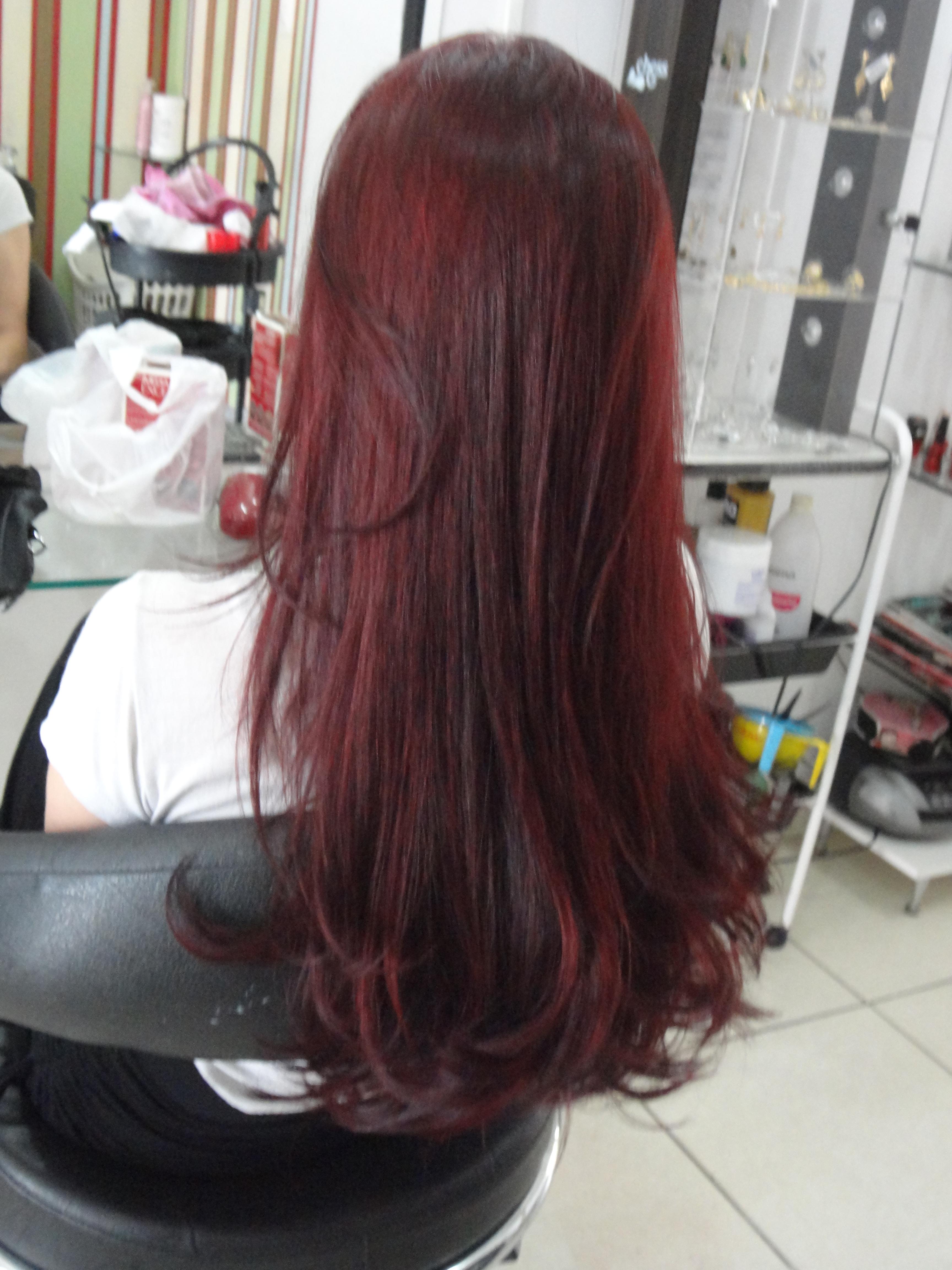 Trabalho realizado por mim  Coloracao 6.88 Igora Royal,Corte e escova vinho  cabelo  cabeleireiro(a)