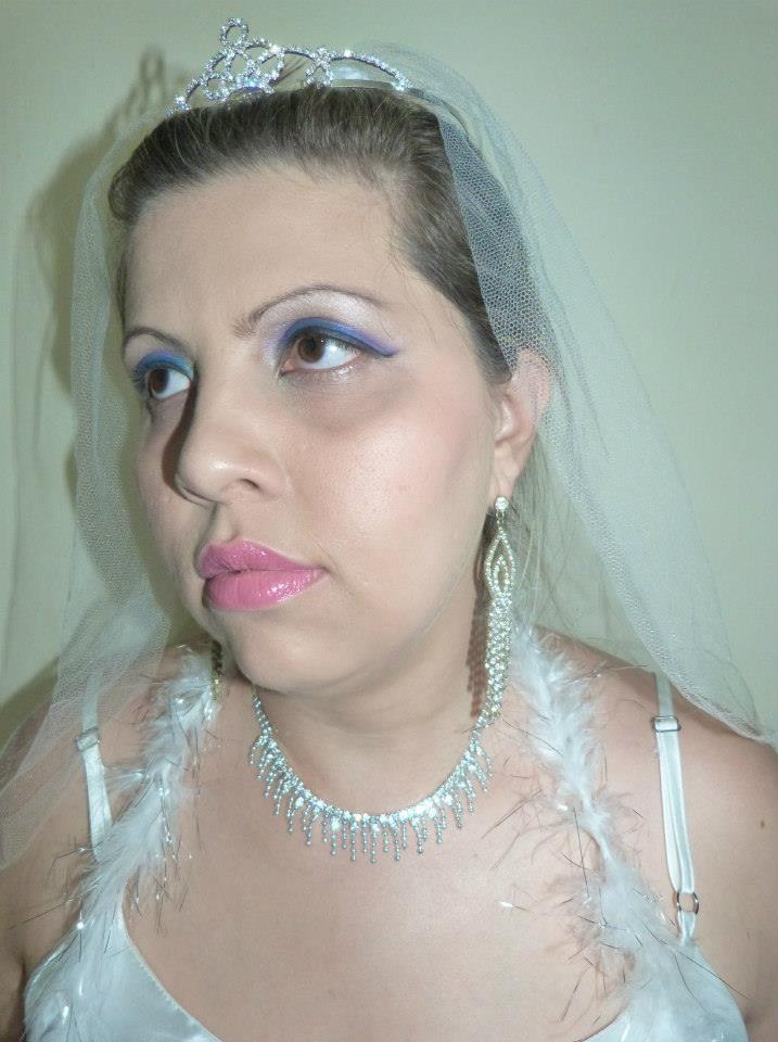 Make Noiva. Fiz Hair e Make. maquiador(a) depilador(a) designer de sobrancelhas outros