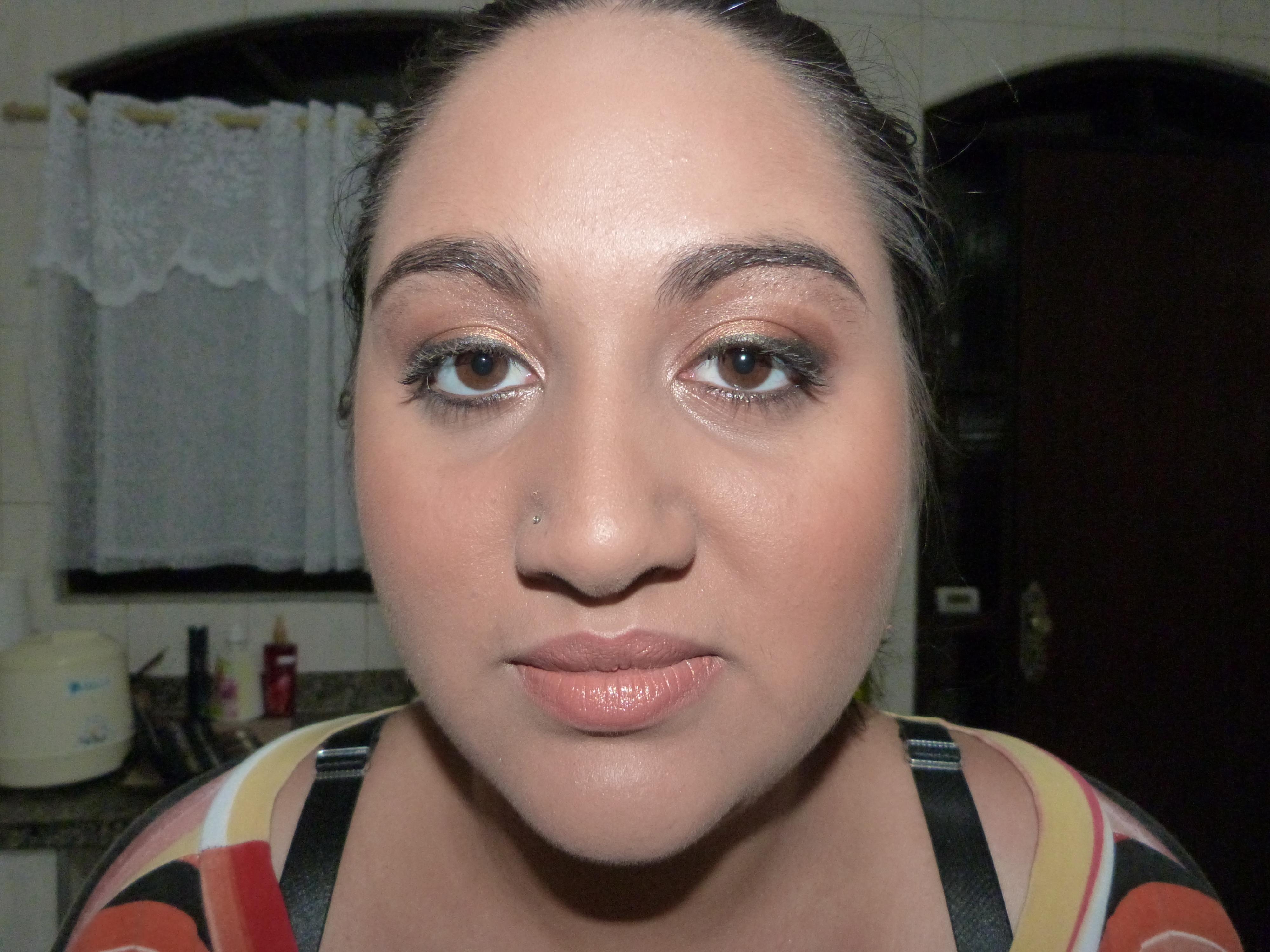 Make noiva. maquiador(a) depilador(a) designer de sobrancelhas outros
