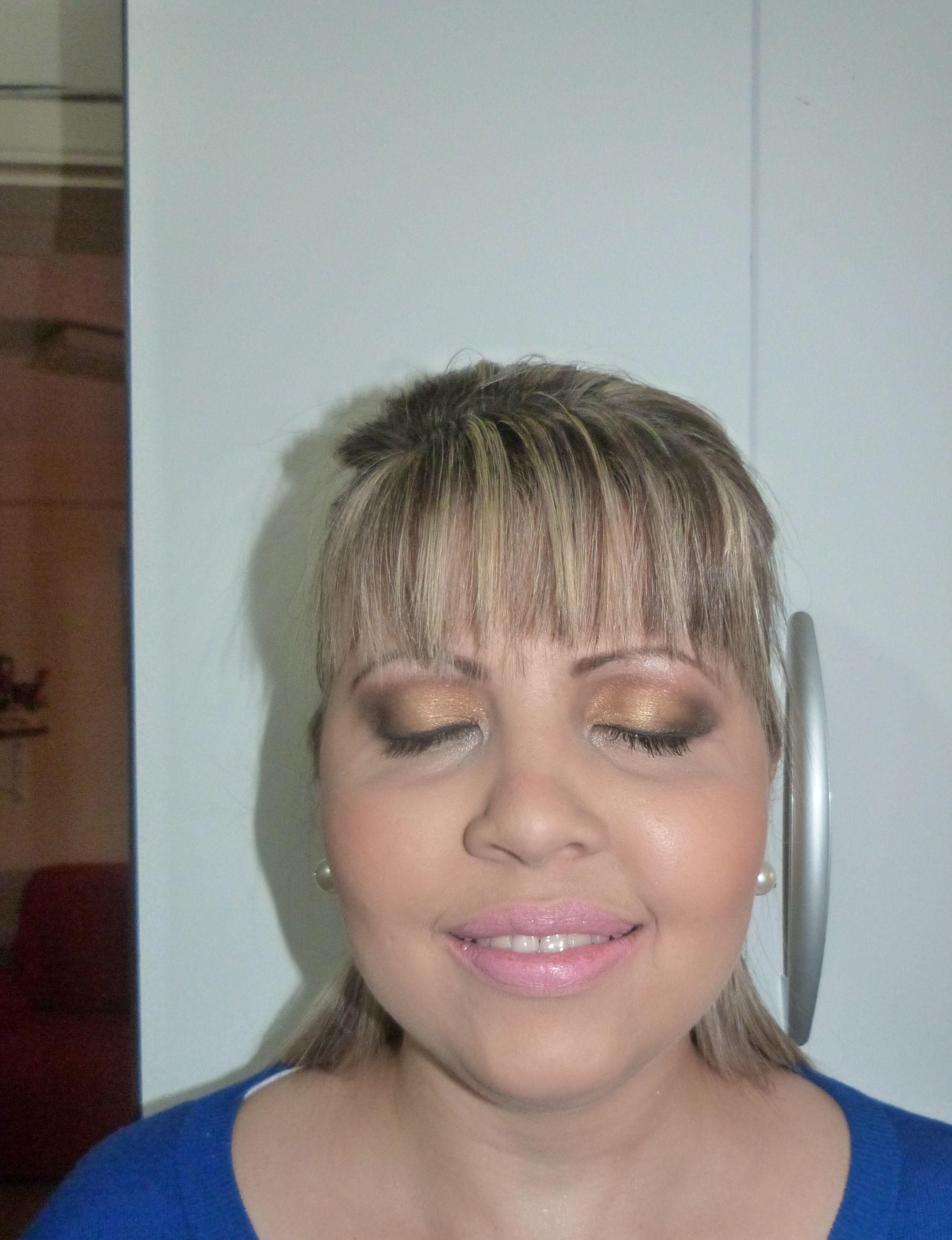 maquiador(a) depilador(a) designer de sobrancelhas outros