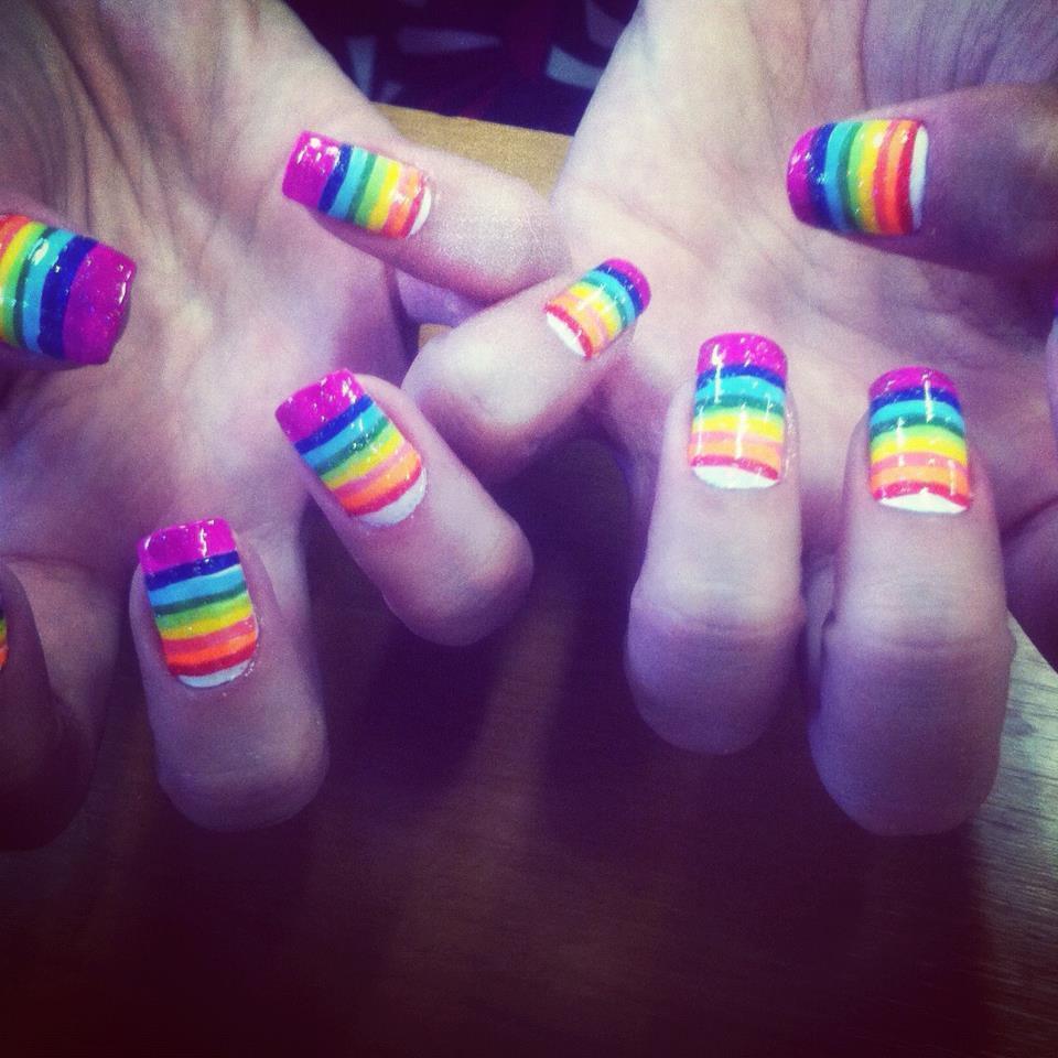 arco-iris  arco iris  unhas