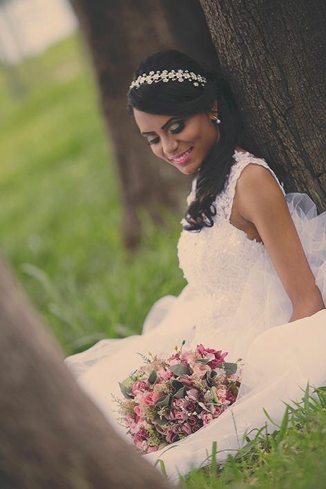 noiva prévia de cabelo e maquiagem de noiva maquiador(a) cabeleireiro(a) designer de sobrancelhas auxiliar cabeleireiro(a)