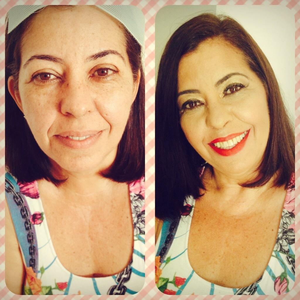 Make para pele madura  maquiador(a)