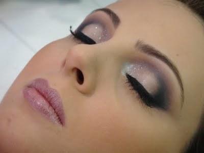 make up tons rosê. maquiador(a)