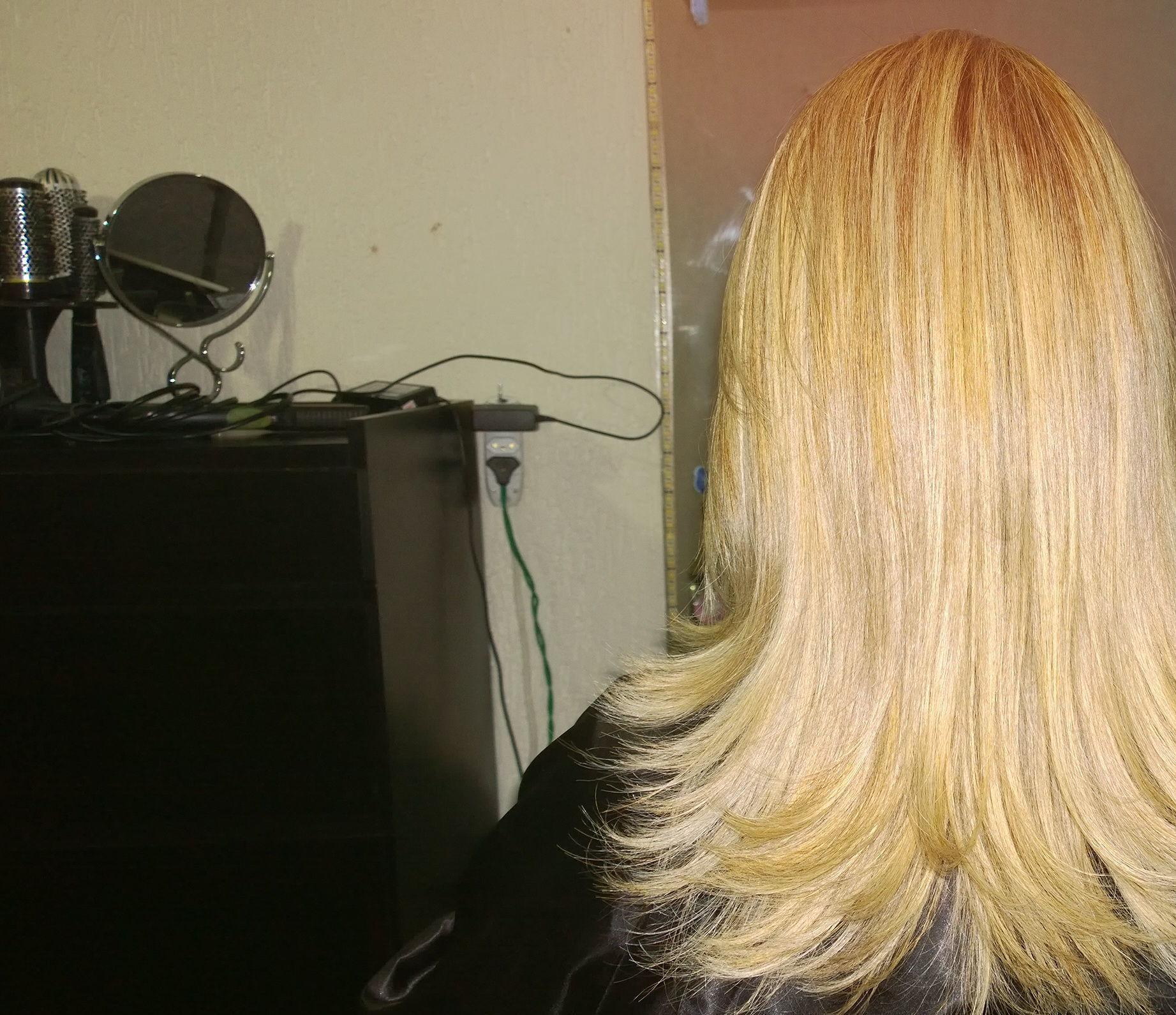 corte e luzes maquiador(a)