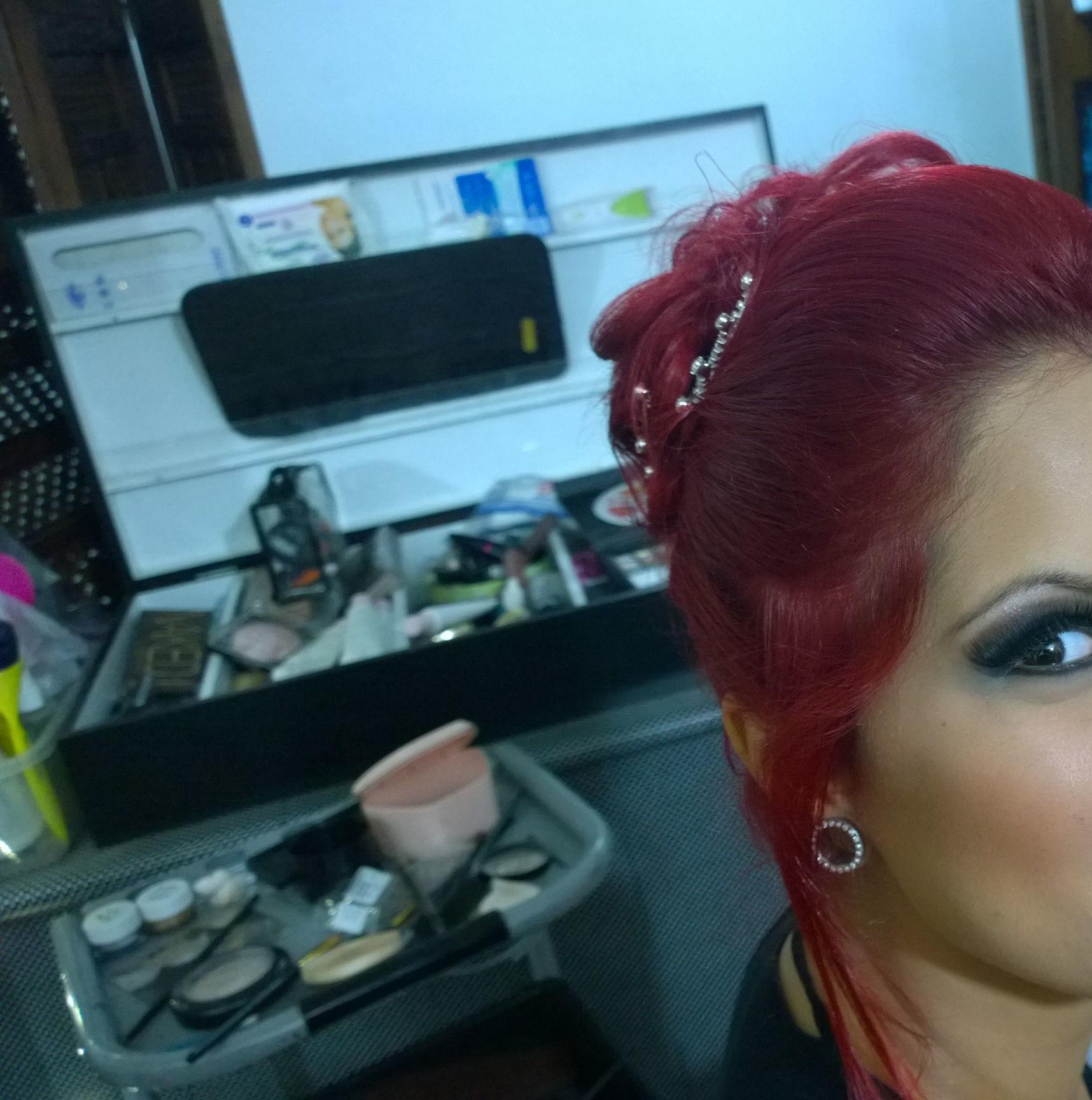 debutante  maquiador(a)