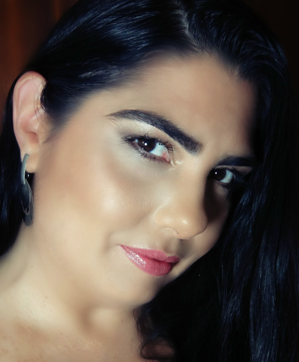 Fabiola Tavares