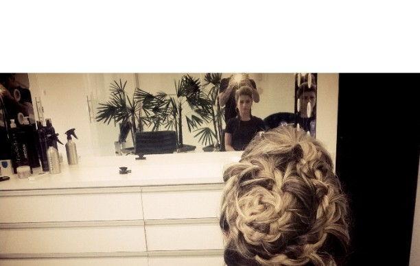 Penteado Mariane  Penteado realizado em  Unni studio  cabeleireiro(a)