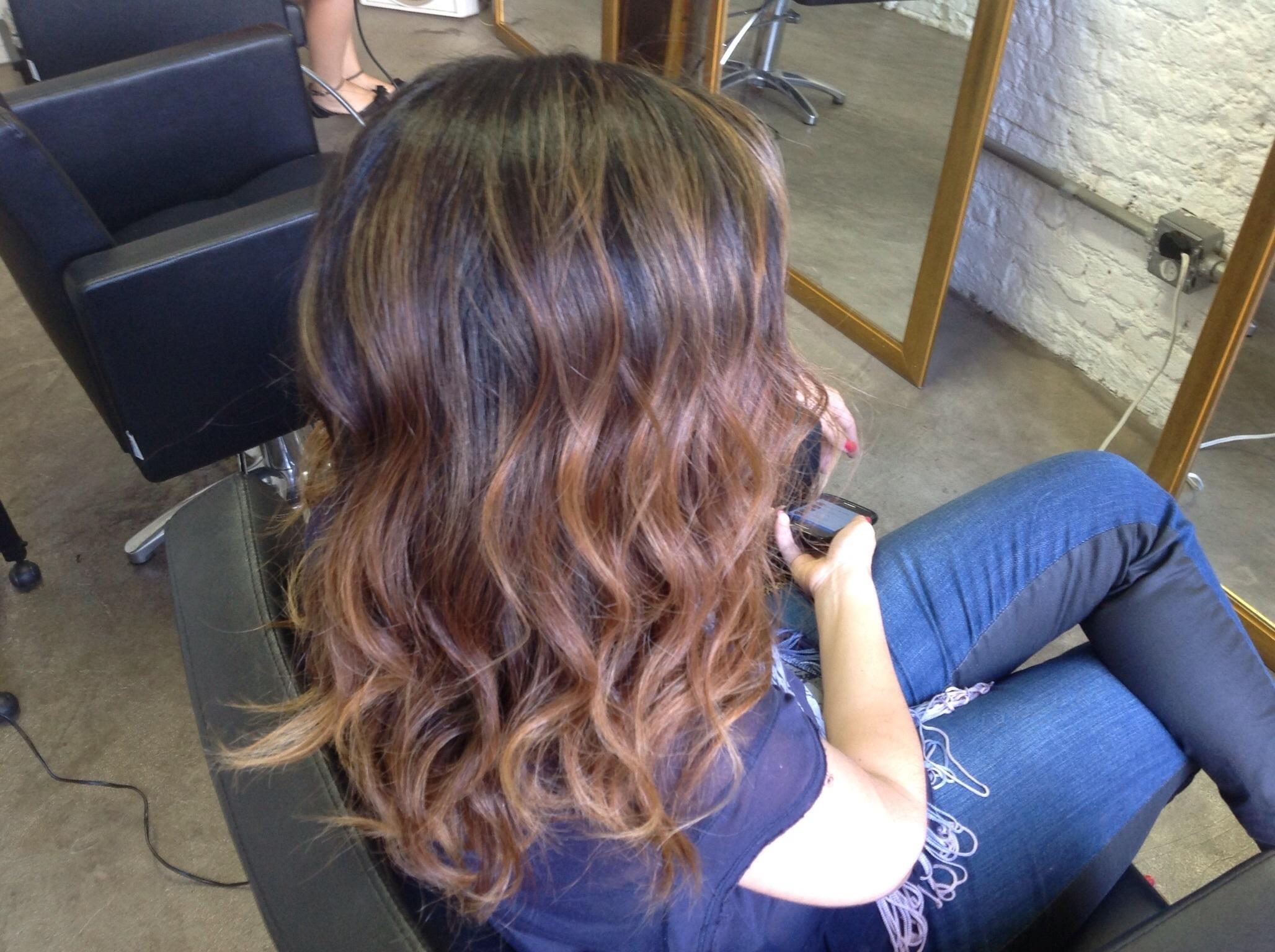 Color cut and waves visagista cabeleireiro(a) micropigmentador(a)