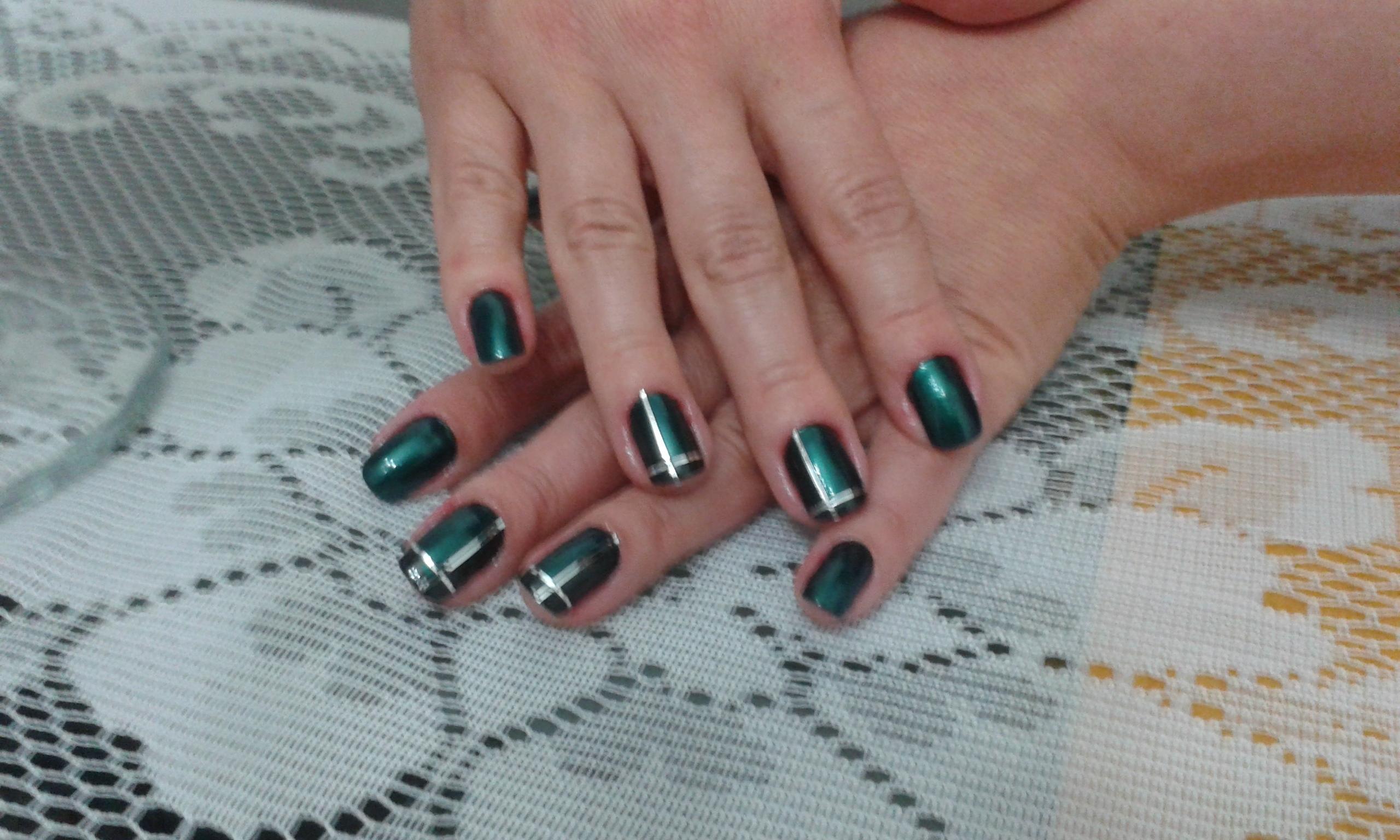 verde unhas  manicure e pedicure manicure e pedicure cabeleireiro(a) auxiliar cabeleireiro(a)