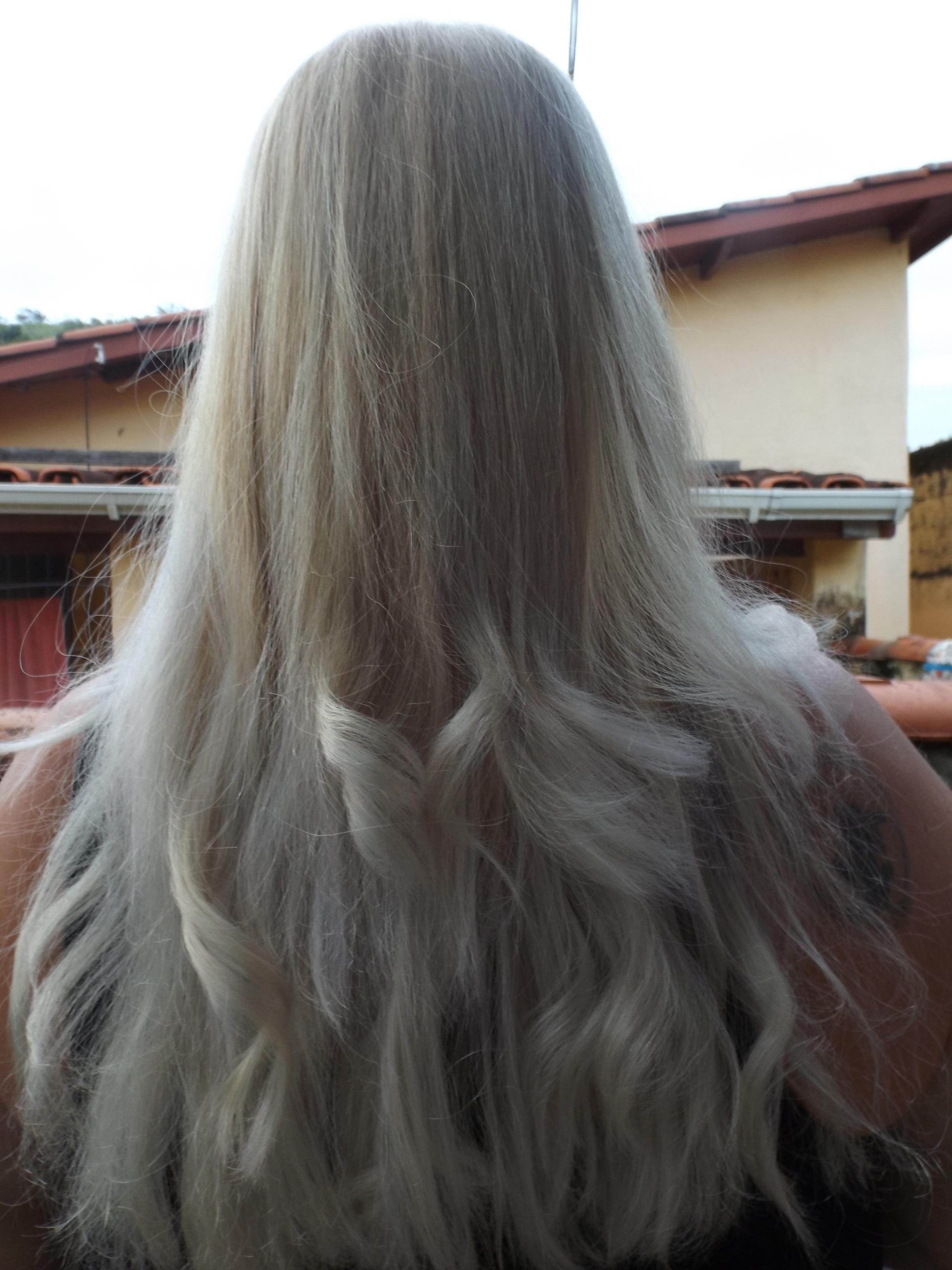 loiro platinado cabeleireiro(a) visagista estudante