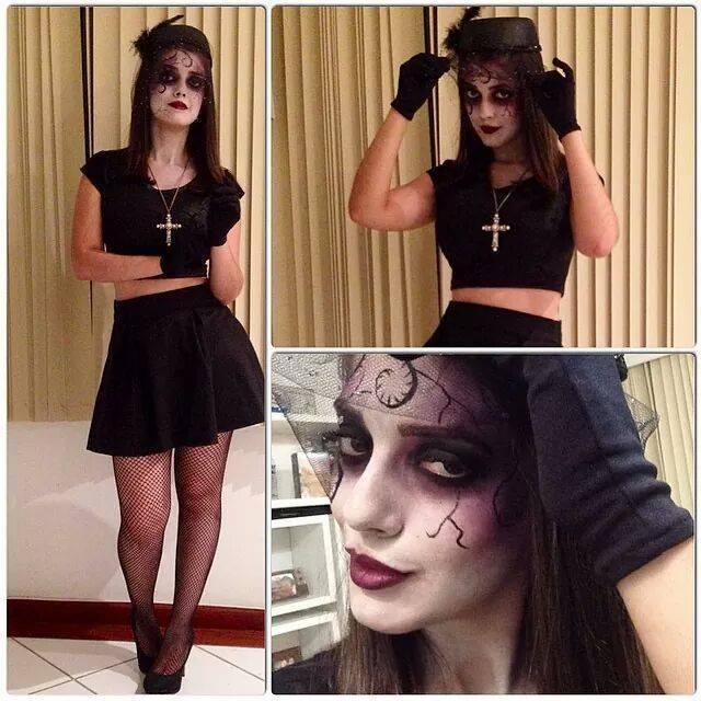 Viuva Negra - Halloween esteticista maquiador(a) consultor(a) em negócios de beleza estudante