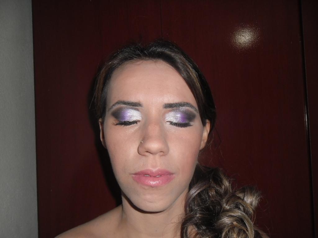Make..Grayce..By  Evanyce Make em Gracy.. maquiador(a)
