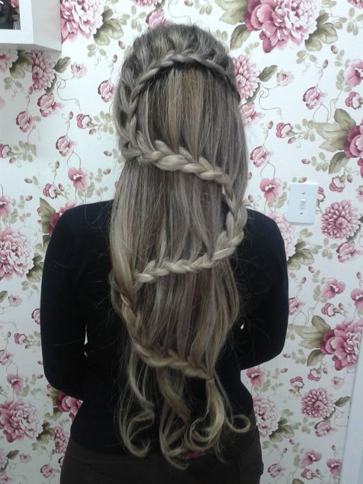 penteados cabelo cabeleireiro(a) maquiador(a)