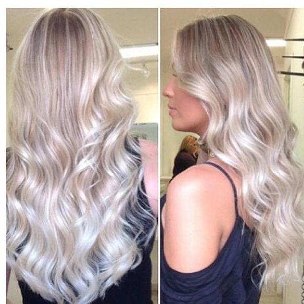 Platinado! Uma cor preferêncial  de loiras o platinado arrasa sempre! cabelo cabeleireiro(a)