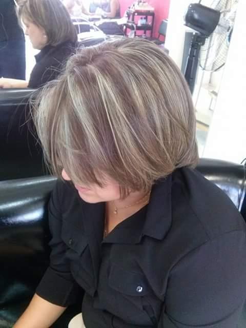 Luzes cabeleireiro(a) maquiador(a) designer de sobrancelhas