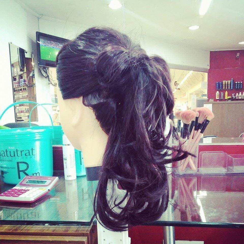 penteado teste maquiador(a) designer de sobrancelhas auxiliar cabeleireiro(a)