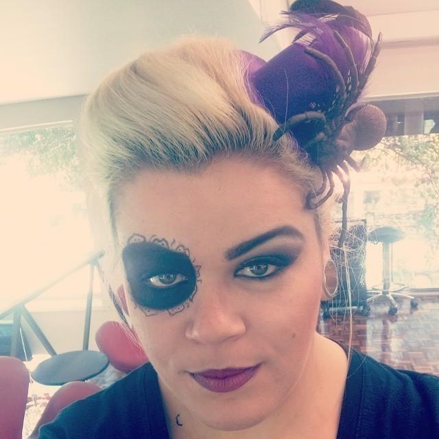 Hair e make cabeleireiro(a) maquiador(a) designer de sobrancelhas