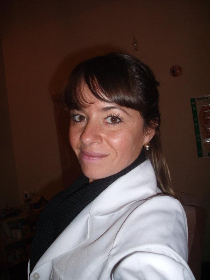 Daniela Vinic Rippi Terapeuta Holística e Esteticista