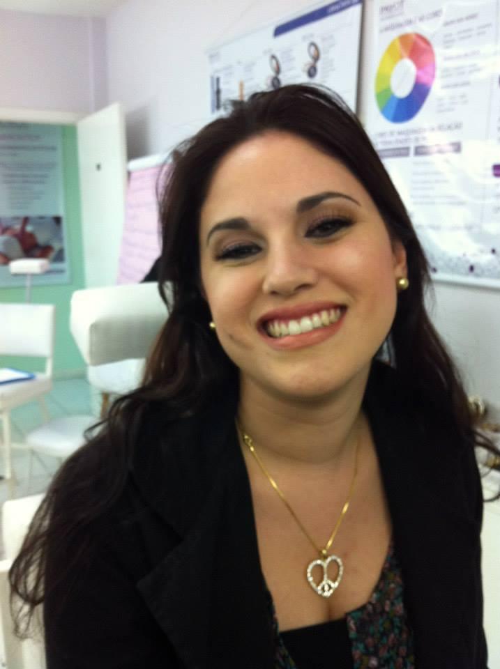 Maquiagem Dia cosmetólogo(a)