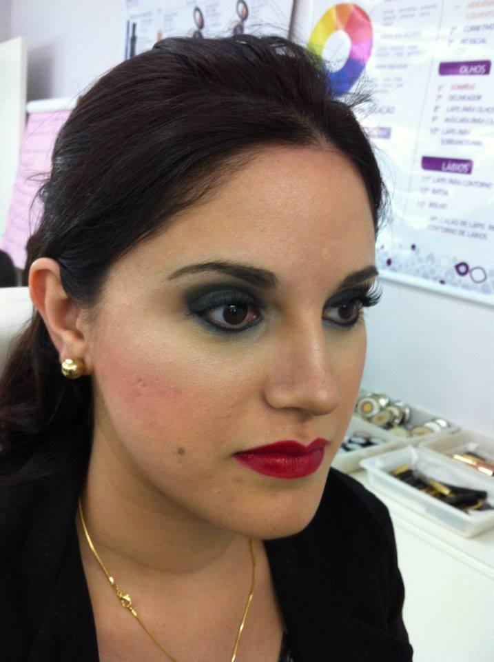 Maquiagem Noite cosmetólogo(a)
