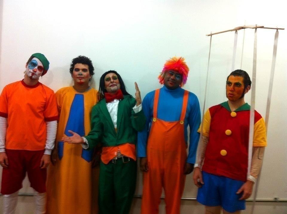 Grupo de Teatro Sesc Pompéia cosmetólogo(a)