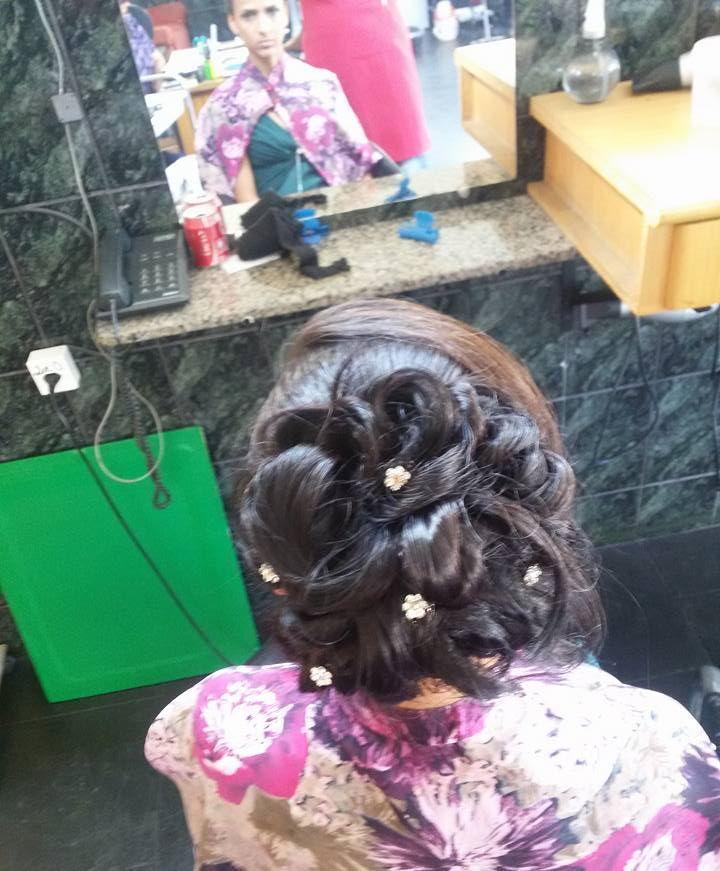 Penteado preso cabeleireiro(a)