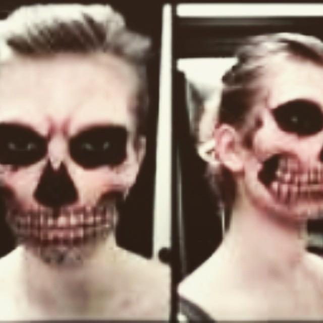 Trabalho artistico Monster designer de sobrancelhas micropigmentador(a) maquiador(a) caixa