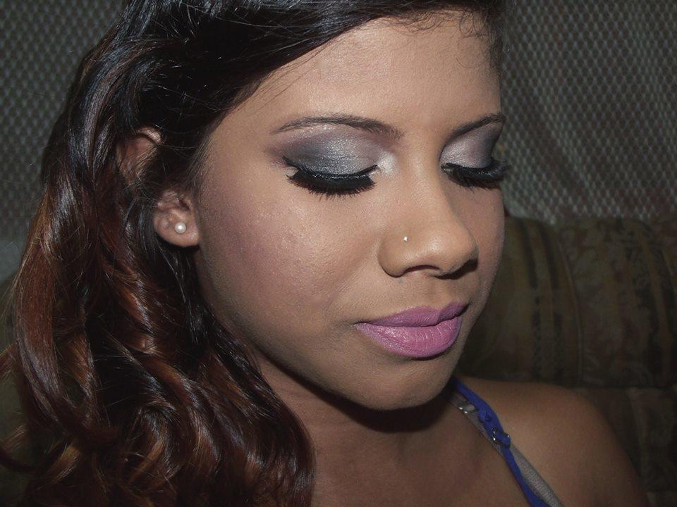 Making off maquiador(a) designer de sobrancelhas recepcionista