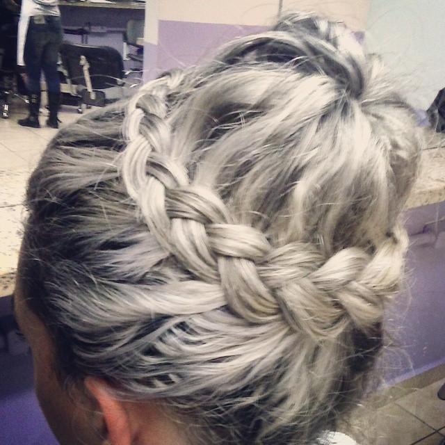 cabelo auxiliar cabeleireiro(a) vendedor(a) outros
