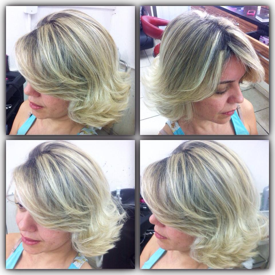 LINDA!! ADORO DEIXAR MINHAS CLIENTES LINDAS E LOIRAS :P cabeleireiro(a) designer de sobrancelhas maquiador(a) depilador(a)