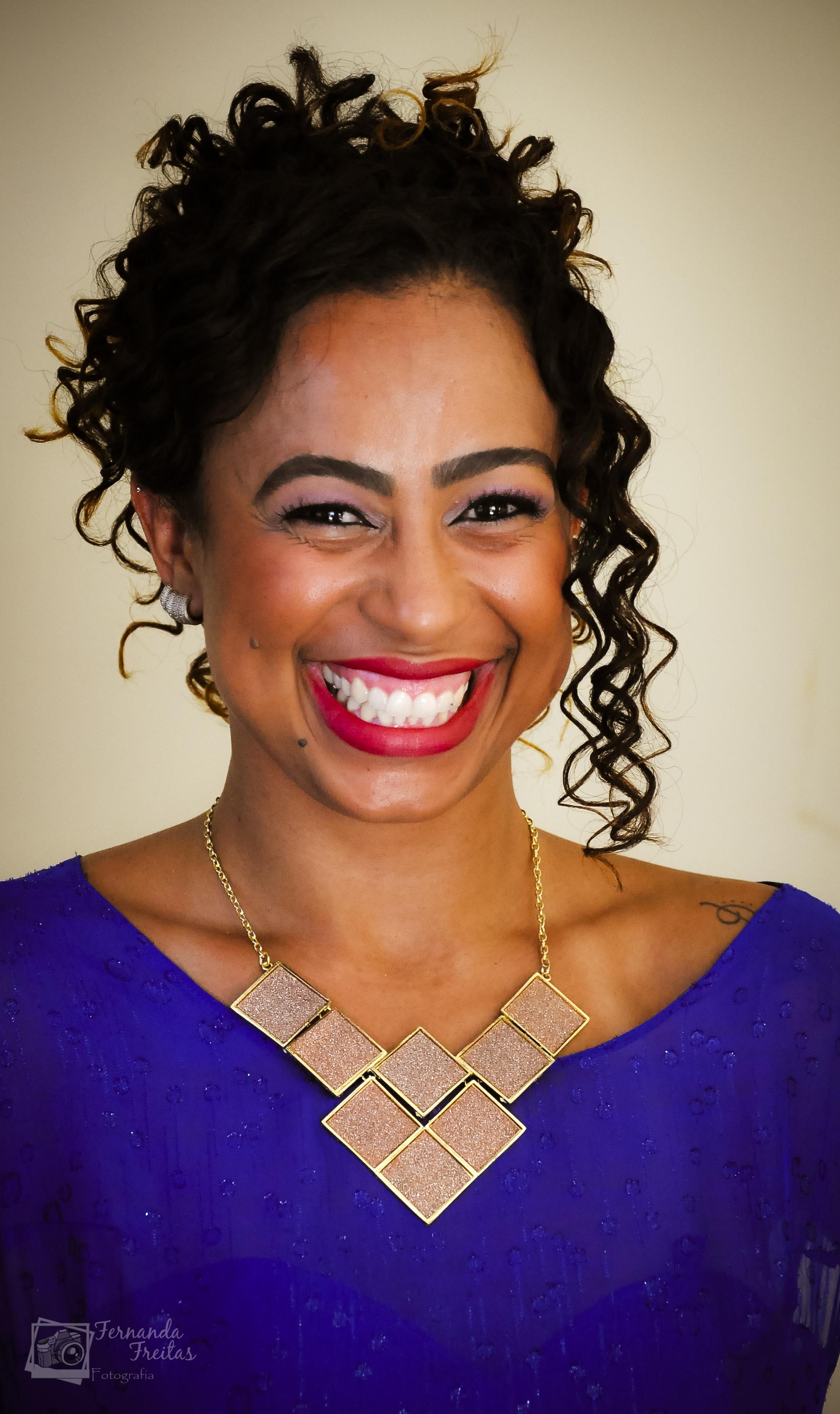 Madrinha Gabriela maquiador(a) docente / professor(a) recepcionista