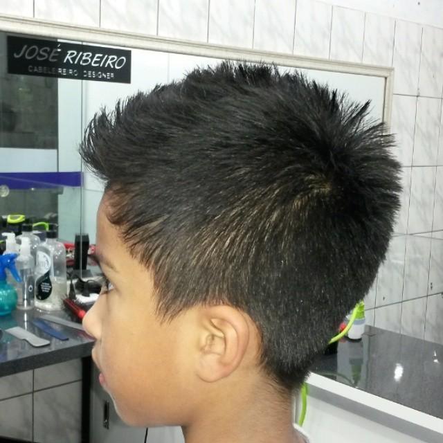 Corte infantil DESFIADO  cabelo cabeleireiro(a)