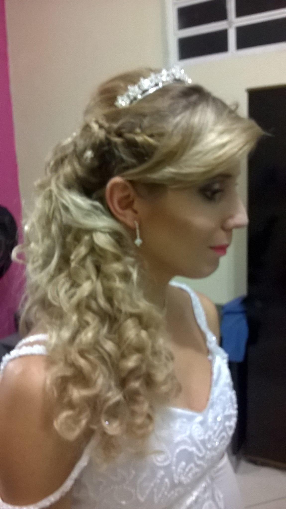 ver a noiva feliz tambem me deixa realizada cabeleireiro(a)