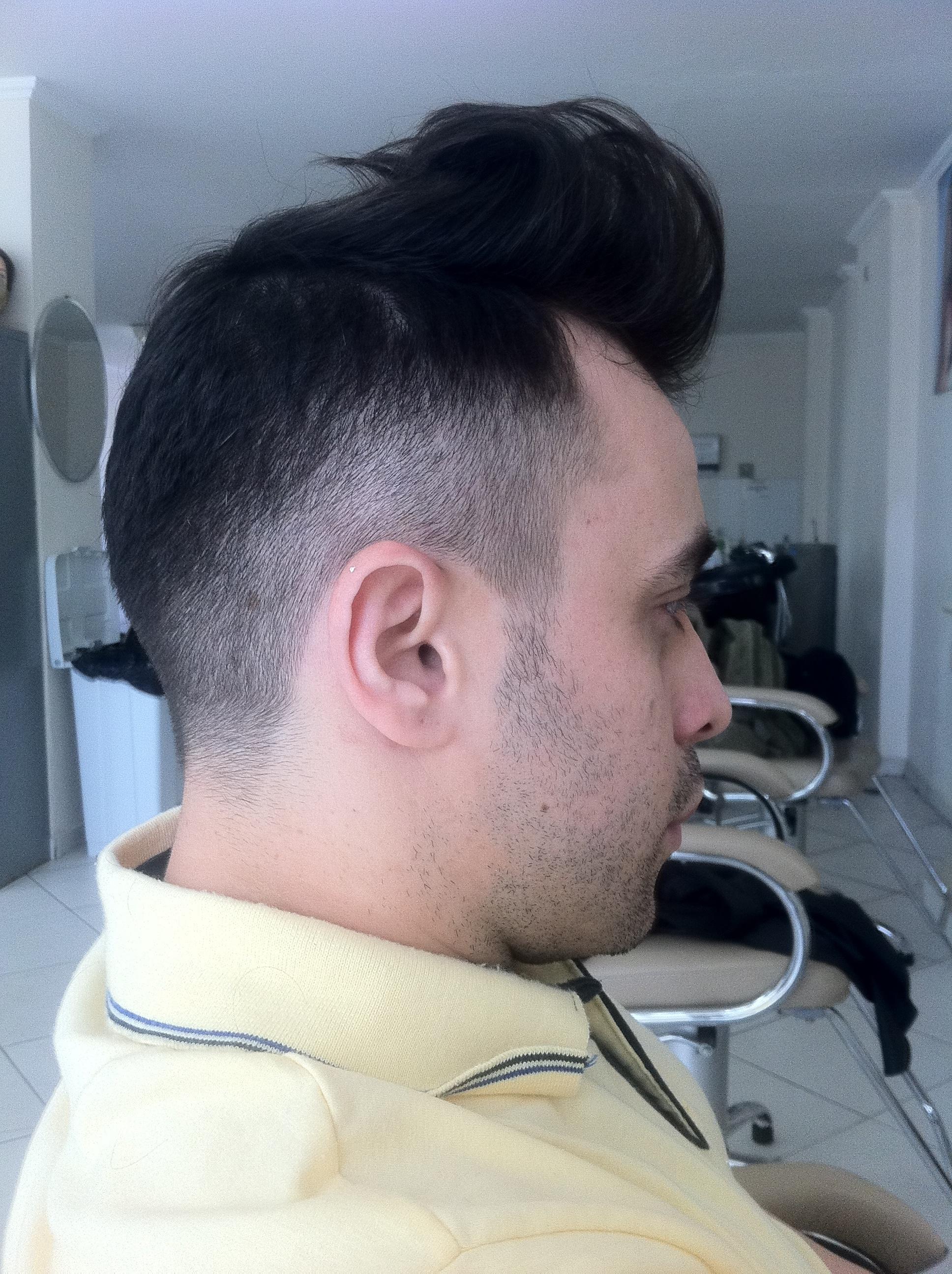 Corte Masculino  cabeleireiro(a) outros