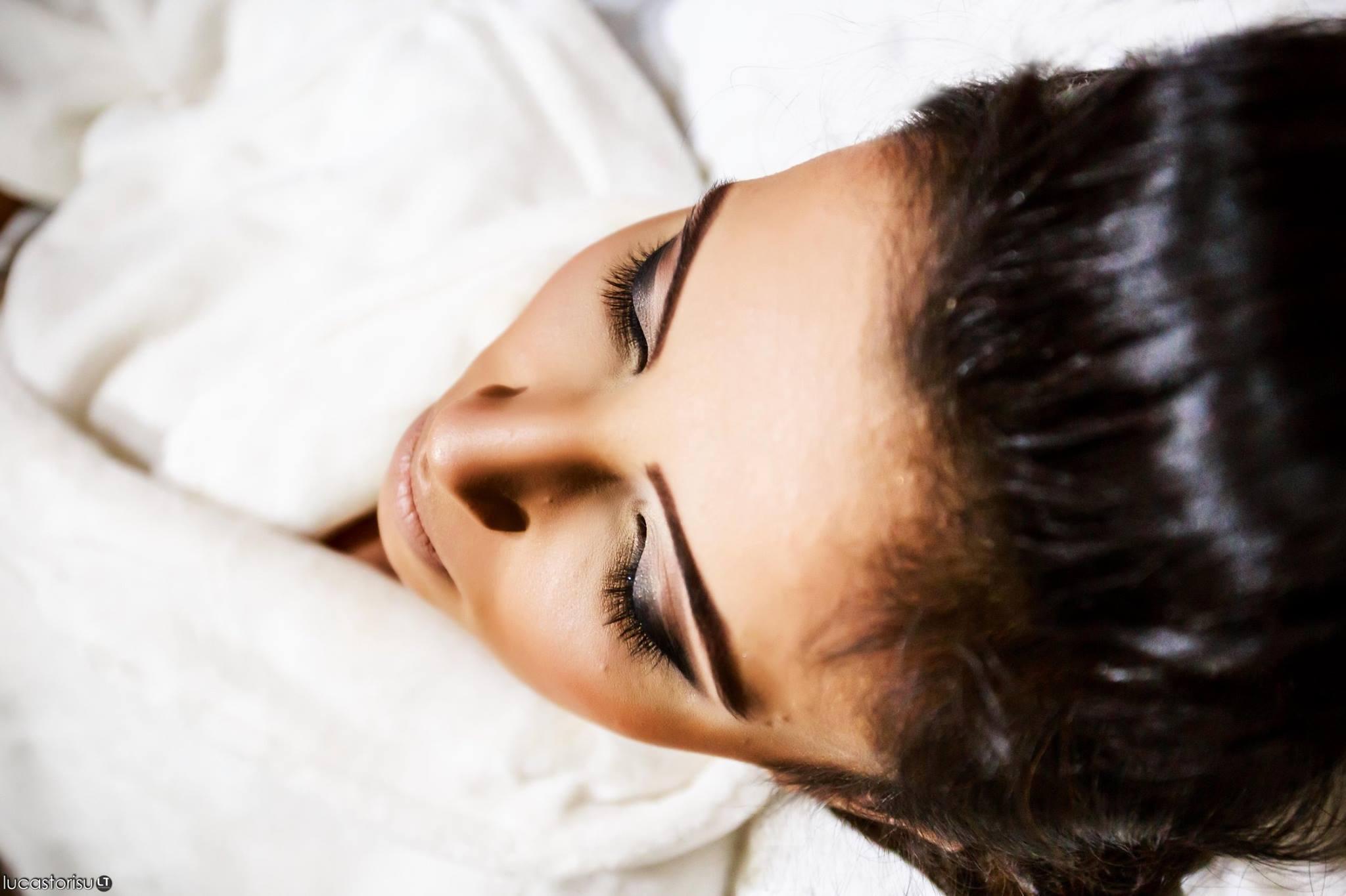 maquiador(a) designer de sobrancelhas gerente comercial de vendas