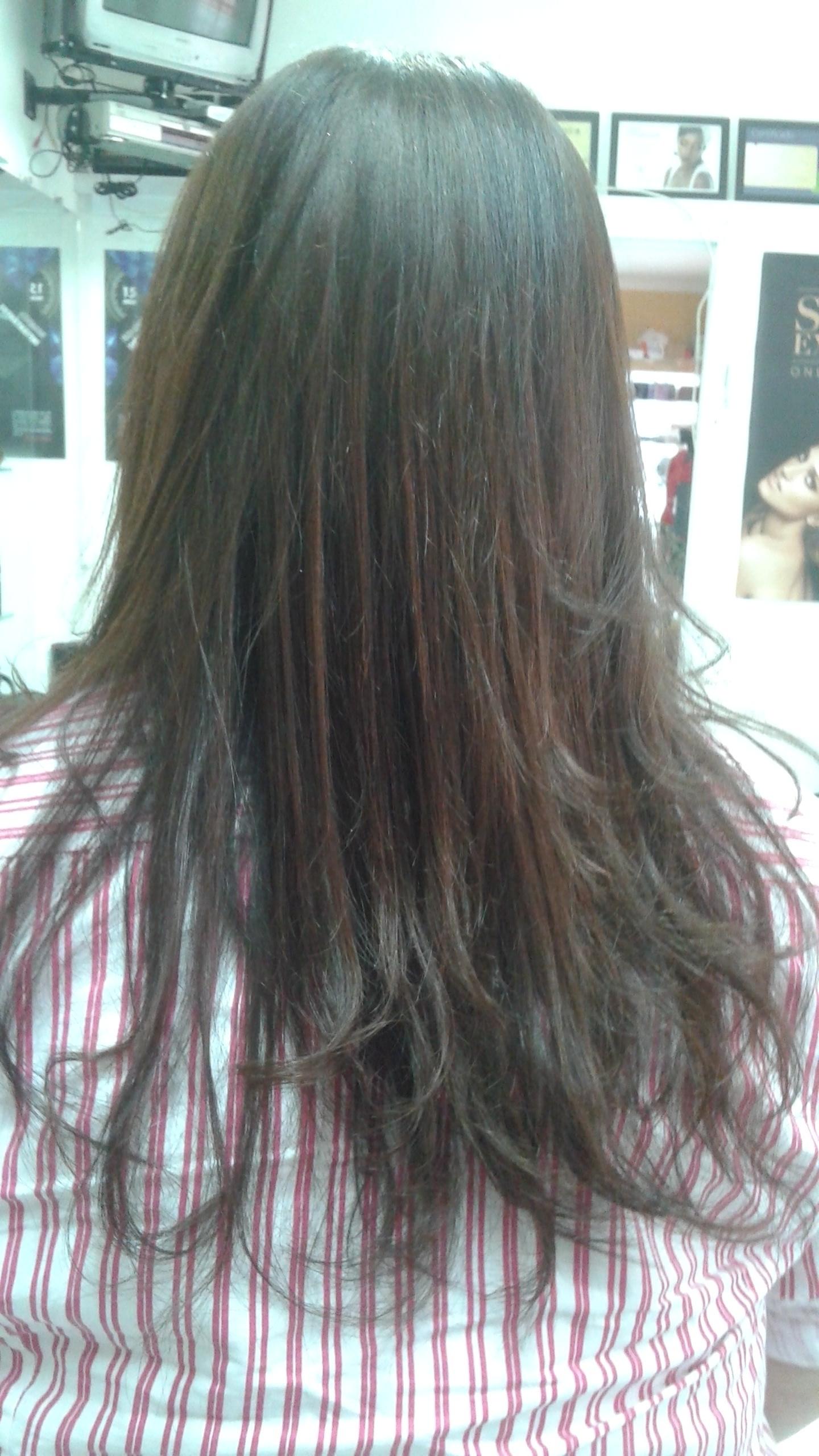 Plástica dos fios. .. Tratamento para dar volume e brilho aos cabelos , pois é t cabelo extremamente fino e precisa ser reposto proteinas e vitaminas . consultor(a) em negócios de beleza