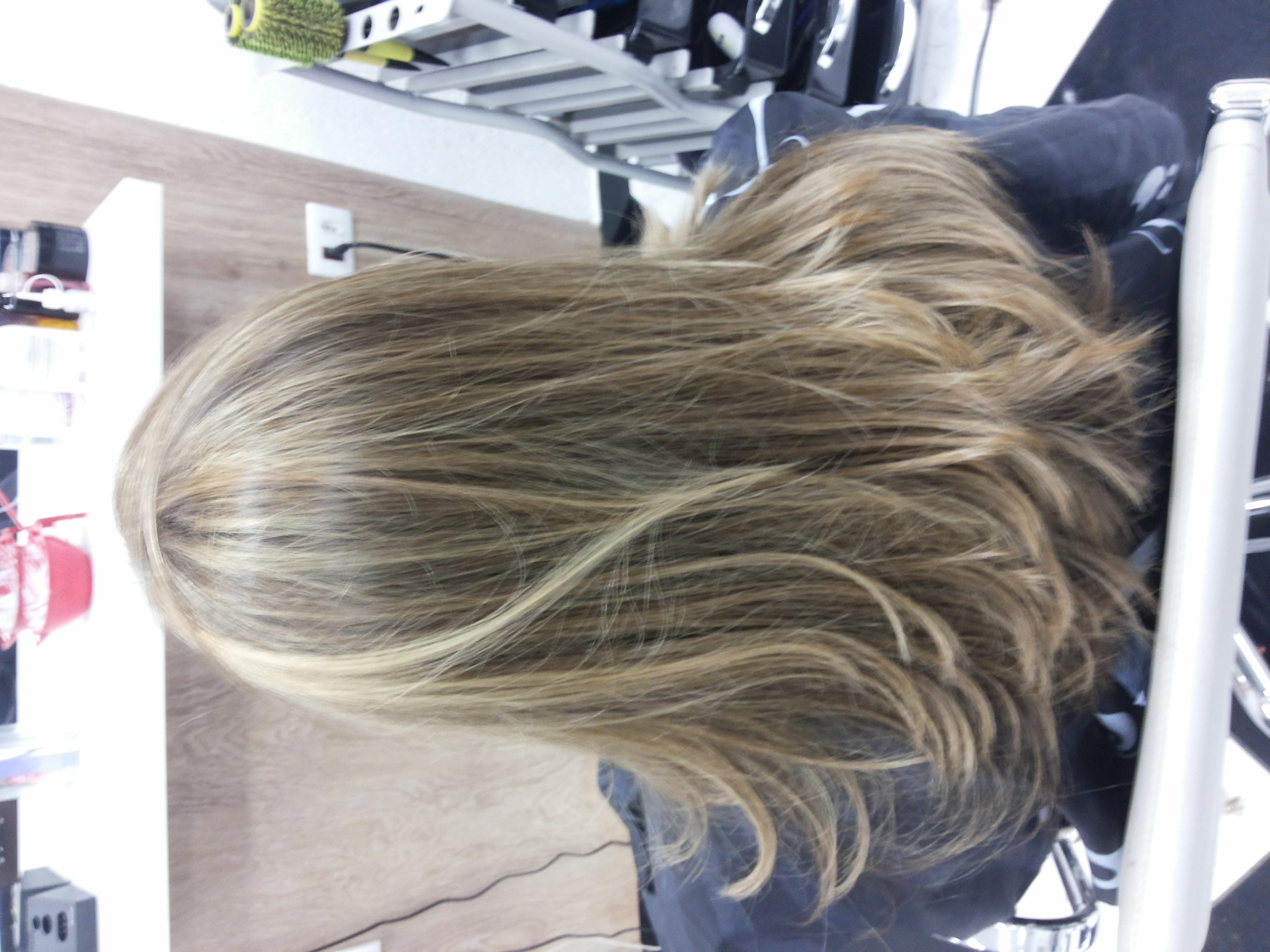 Luzes+corte+escova  cabeleireiro(a)