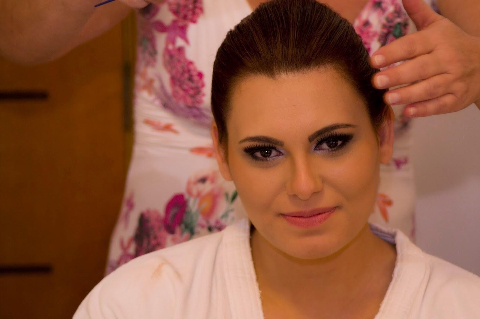 maquiagem maquiador(a) esteticista designer de sobrancelhas terapeuta assistente esteticista