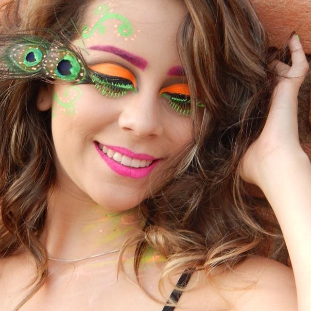 make artística néon carnaval maquiagem  maquiador(a) assistente maquiador(a) consultor(a) de estetica docente / professor(a) outros