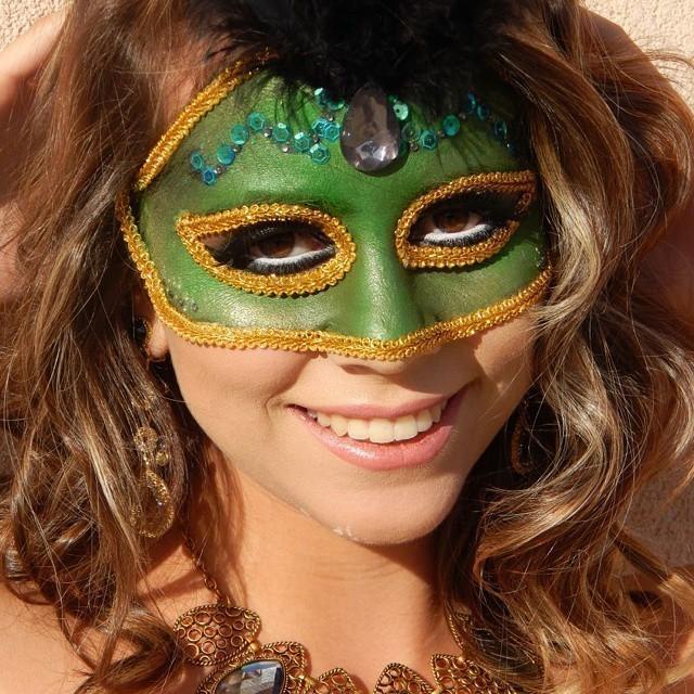 make artística máscara veneziana maquiador(a) assistente maquiador(a) consultor(a) de estetica docente / professor(a) outros