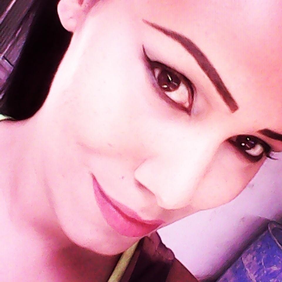 Makeup contorno dos olhos